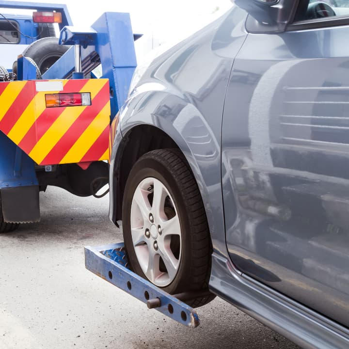 Best Roadside Assistance Plans For The Rescue